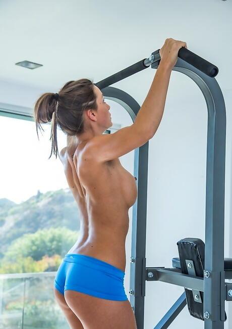 Fitness Girl Boobs Porn