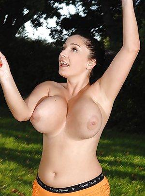 Boobs Outdoor Porn