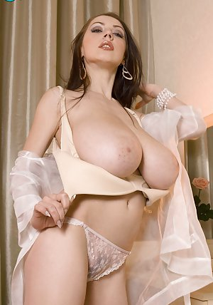 Boobs in Lingerie Porn