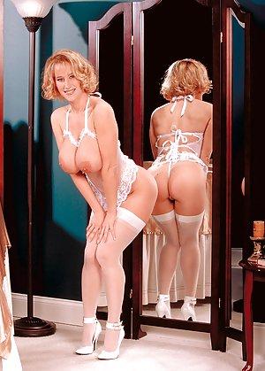 Boobs in Lingerie Porn