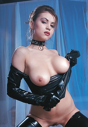 Boobs in Latex Porn