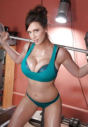 Fitness Girl Boobs Porn