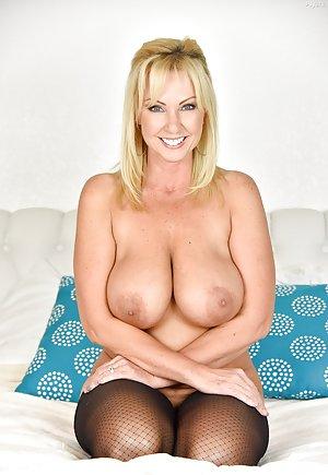 Blonde Boobs Porn
