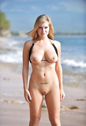 Boobs on Beach Porn