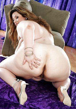 SSBBW Boobs Porn